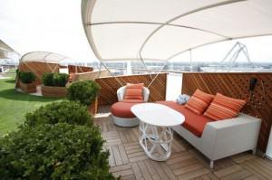 The Alcoves, Celebrity Silhouette