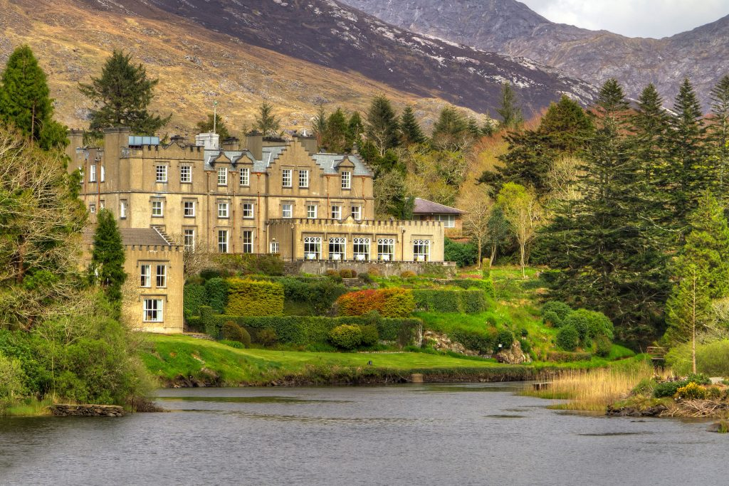 Ballynahinch castle in Connemara