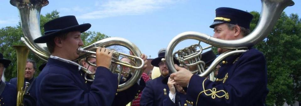 Vintage Band Festival Delivers a Blast From the Past