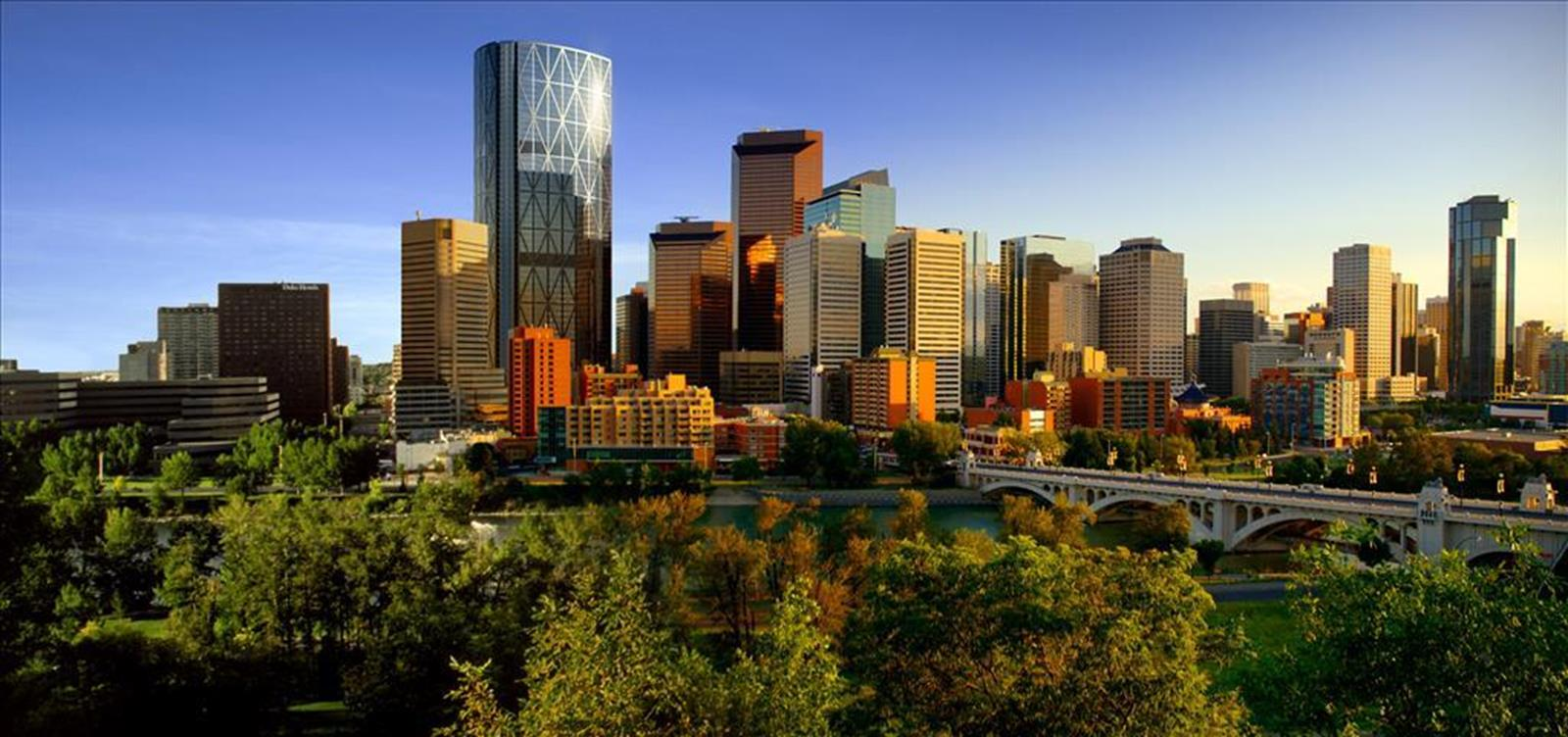 Future Calgary skyline 2012-with-the-BOW-tower