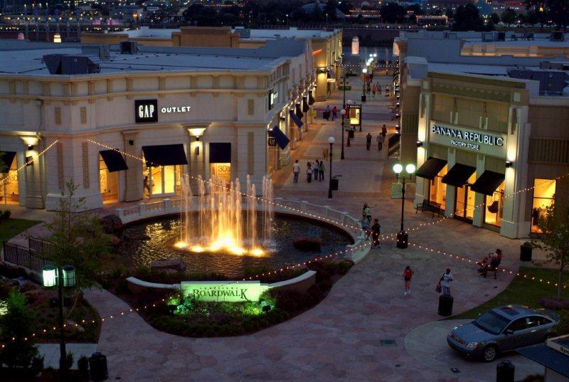 The Outlets at Louisiana Boardwalk