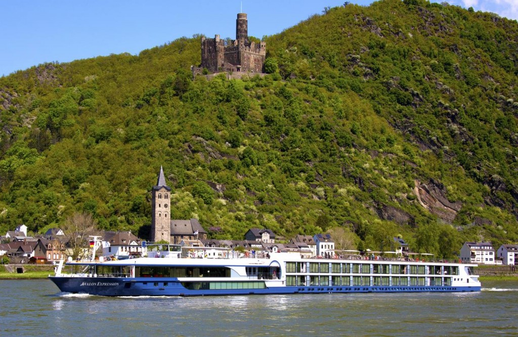 Expression Exterior on the German Rhine