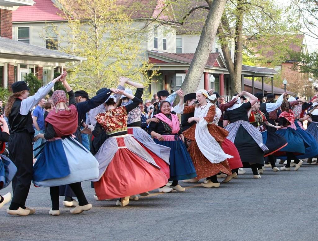 Holland Tulip Dancers