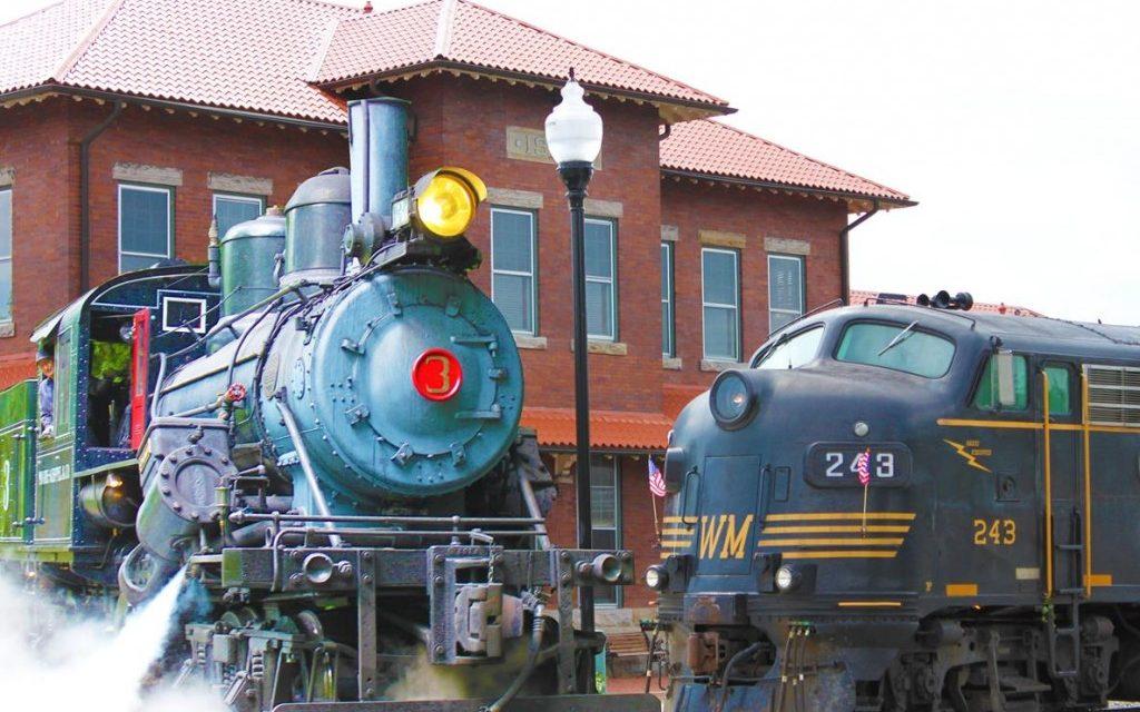 Best Scenic Rail Trips