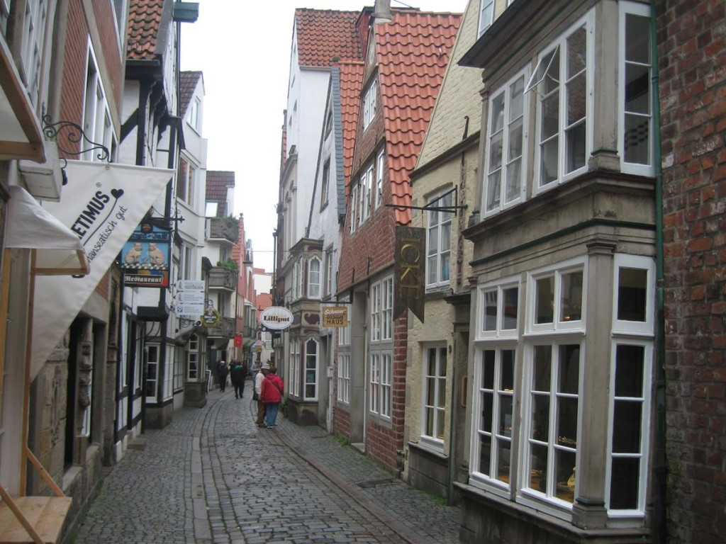 Half-timbered houses can be found in Bremen's oldest district, the Schnoor quarter, a maze of lanes lined with little 15th and 16th century houses.