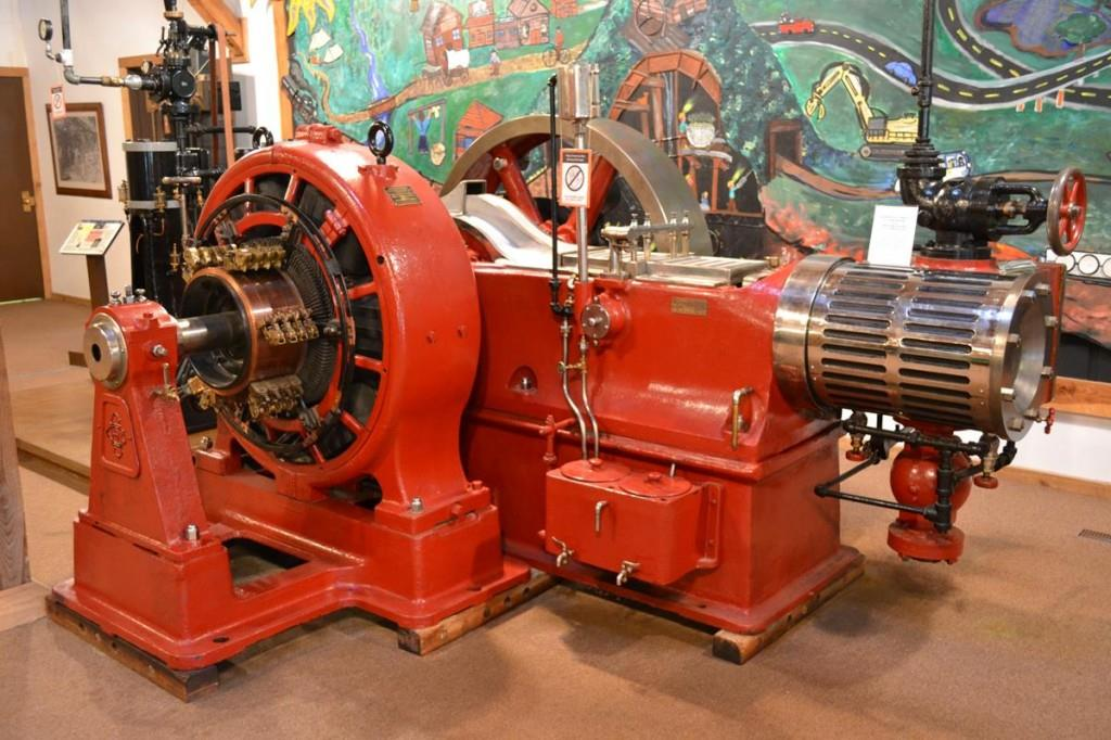 The Western Museum of Mining & Industry offers year-round guided tours that help explain the history of mining in the American West. Antique mining equipment operates on the museum grounds.
