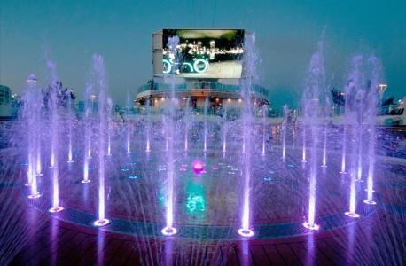 Fountain Pool (Photo courtesy of Princess Cruises)