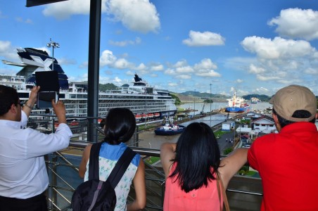 Panama Canal Locks Platform