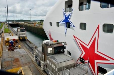 Panama Canal, Norwegian Star