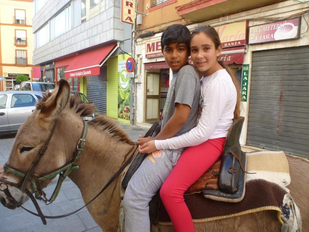Algeciras' colorful street life