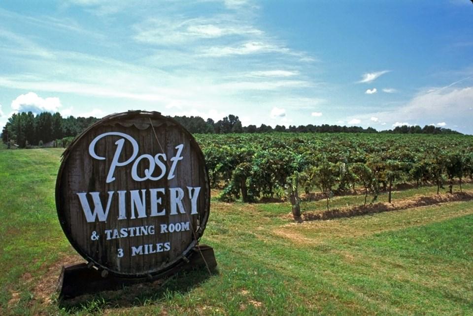 Post Familie Winery, Altus