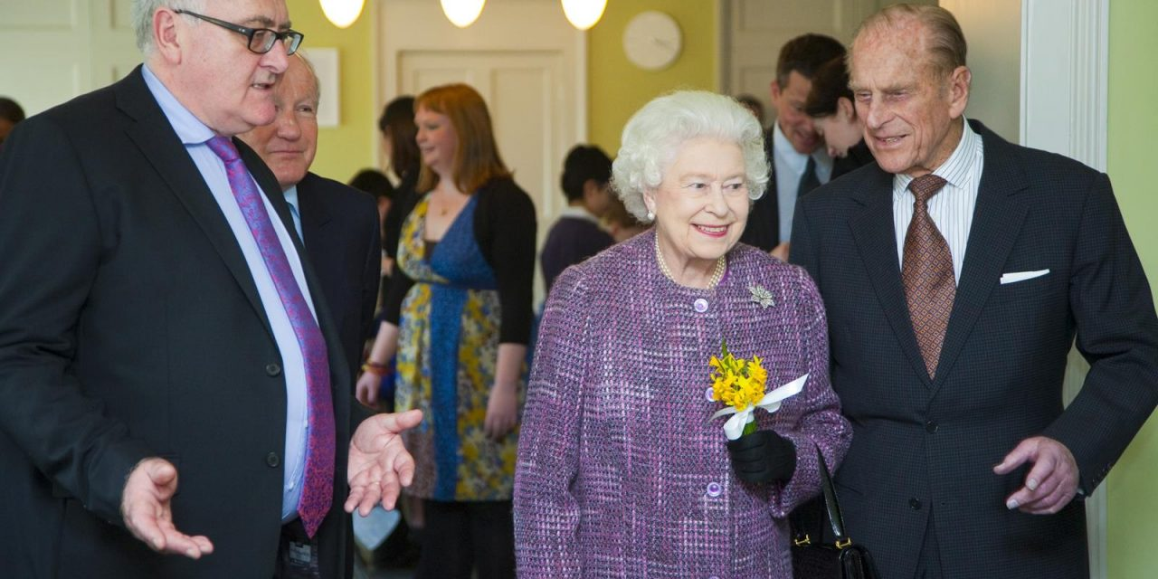 Royal Sights Crown a London Visit