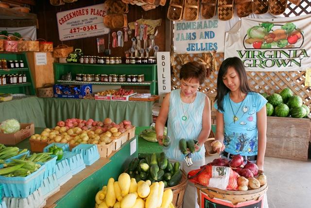 Virginia Beach Farmers Market. Credit: Virginia Beach CVB