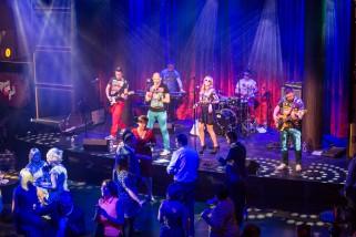 Royal Caribbean's Anthem of the Seas – Anthem Rocks!