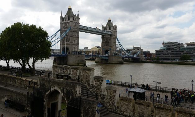 London Captivates Group Travelers