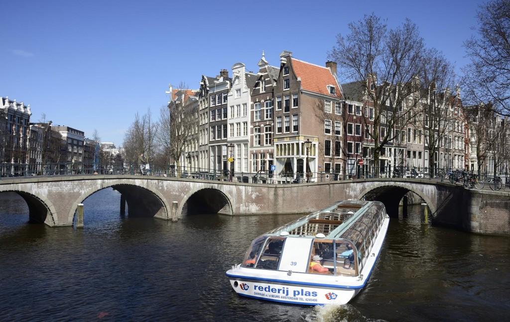 AMSTERDAM - LEX VAN LIESHOUT FOTOGRAFIE