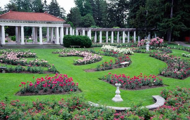 Sonnenberg Rose Garden