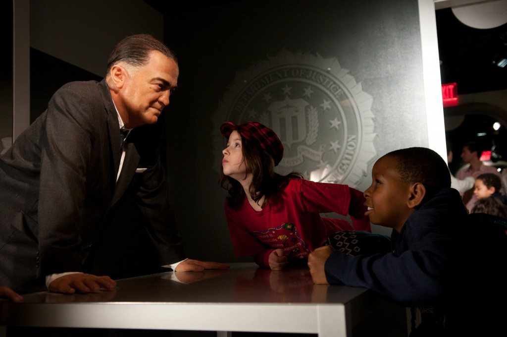 Kids_with_J_Edgar_Hoover