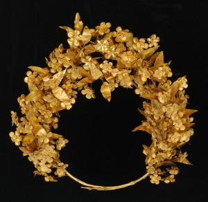 4. Gold Myrtle Crown