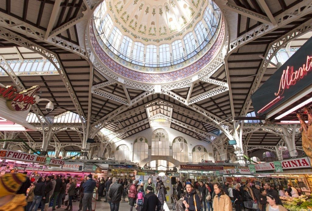 6 Great Food Markets of Europe to Put on Your Bucket List