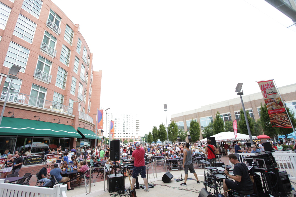 Top 6 Spots for Live Entertainment in Virginia Beach