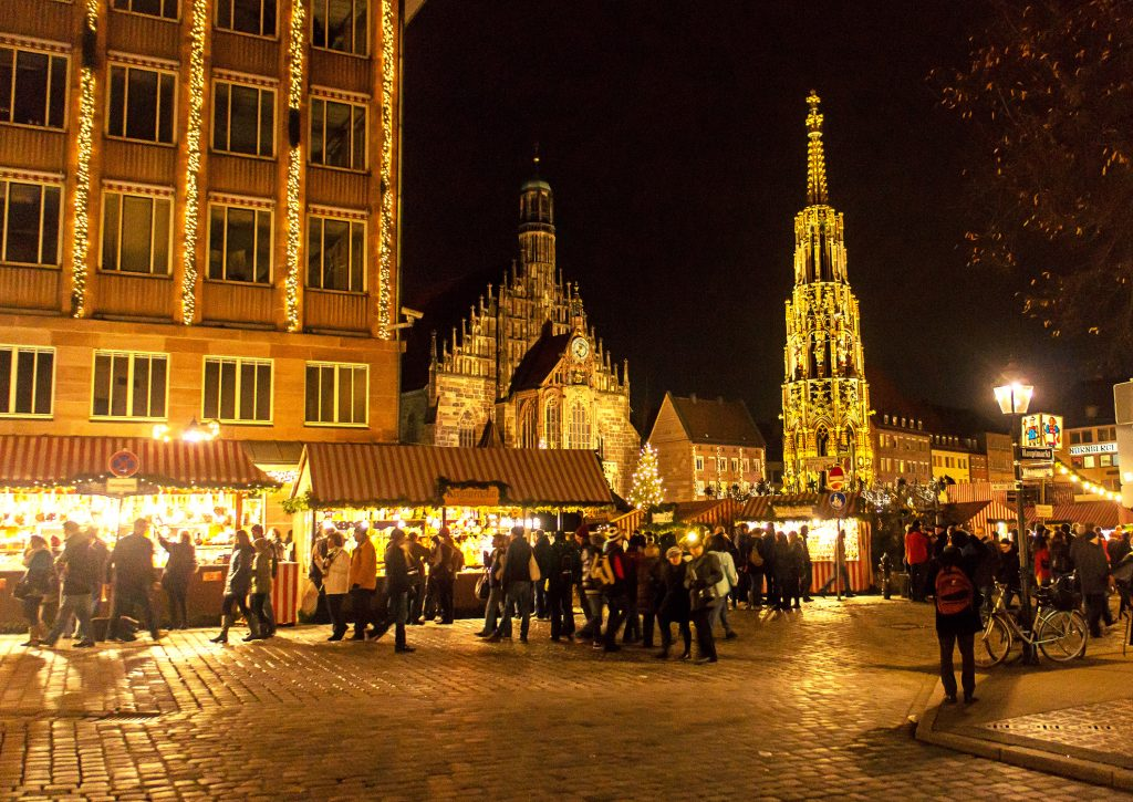 ChristmasMarketNight1_CVO_16187