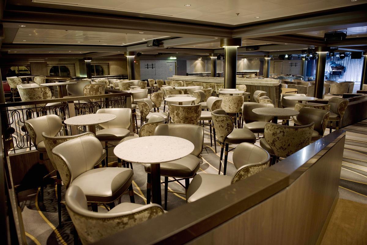 Bliss Lounge - photo courtesy of Norwegian Cruise Line