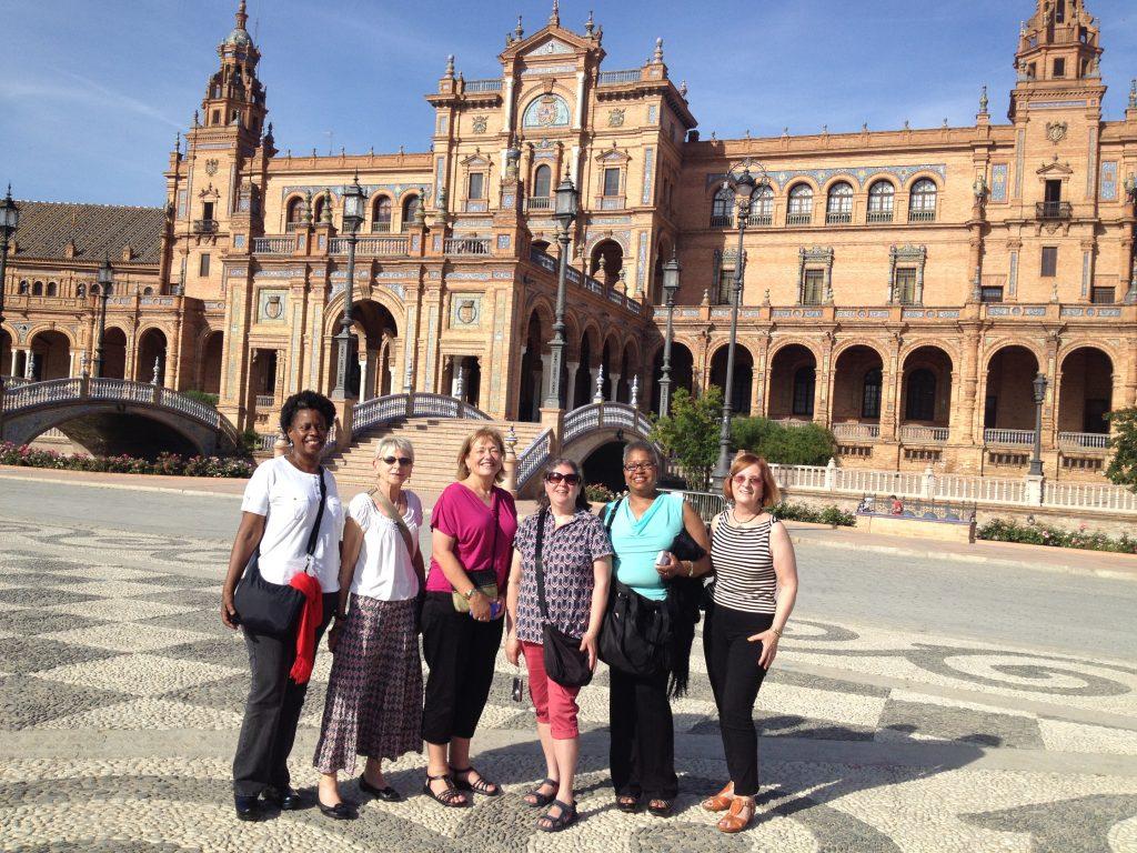 2015 Spain-Seville Plaza Espana 5 ladies GOOD