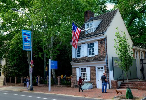 Built in 1760, the aptly named Betsy Ross House was home to the seamstress widely believed to have crafted the first Stars and Stripes flag used to celebrate U.S. independence in July 1776. Located in Historic Philadelphia's Old City neighborhood, the former home exhibits interactive displays, period furnishings and appearances by Betsy herself to give visitors a look at the lives of Colonial women.