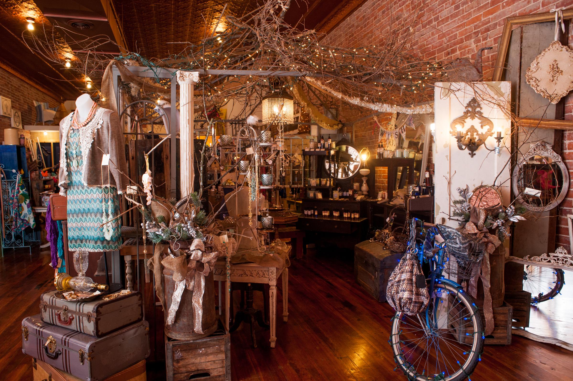 8 Sensational Shopping Destinations in Joplin, Missouri •