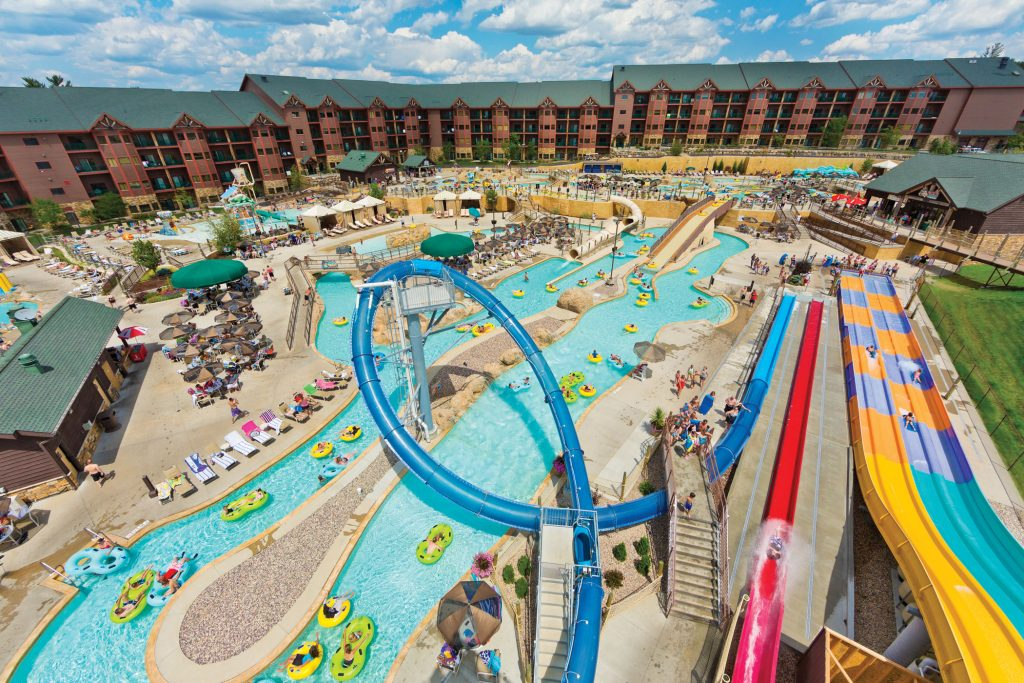 Wisconsin Dells Offers Water Wildlife And Riveting