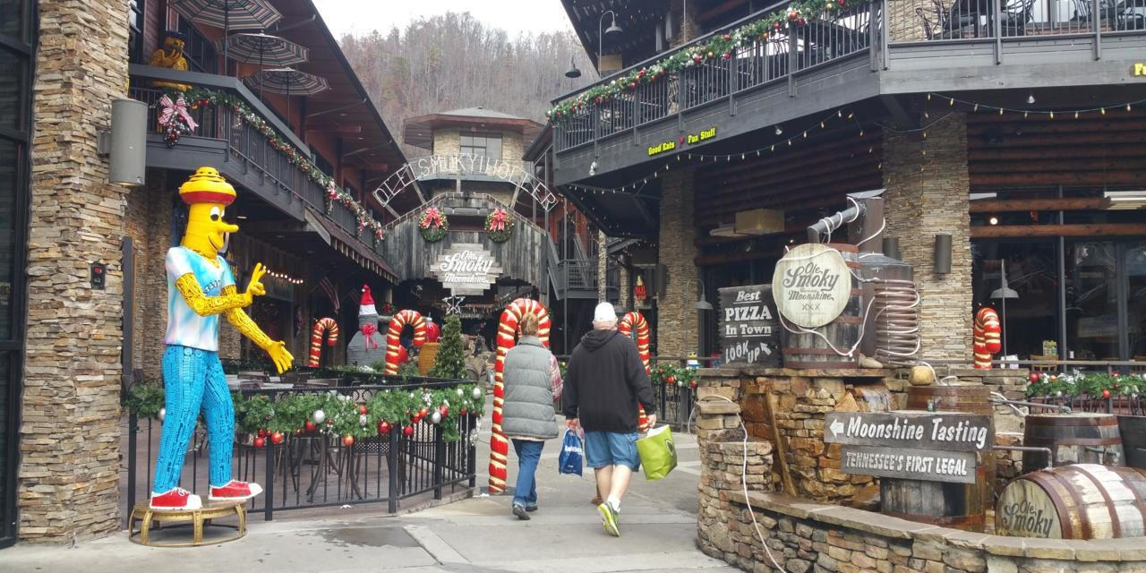Smoky Mountain Towns Have Welcome Mat Out