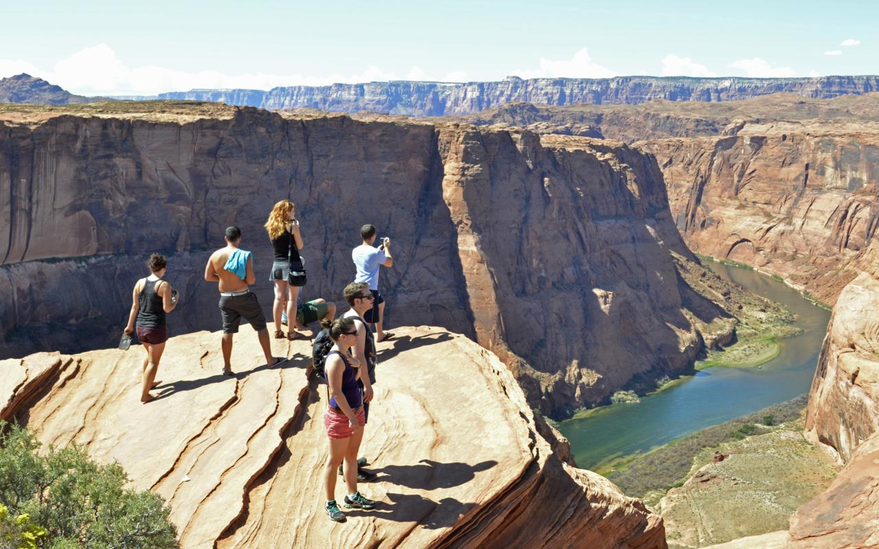horseshoe bend jewish women dating site Hi i'm stephanie :) a california girl and ucla alumna, i bought a one-way ticket to sydney  40 countries later, the world is my office i spent the last year living fully nomadic, mostly traveling solo and meeting people through social media.