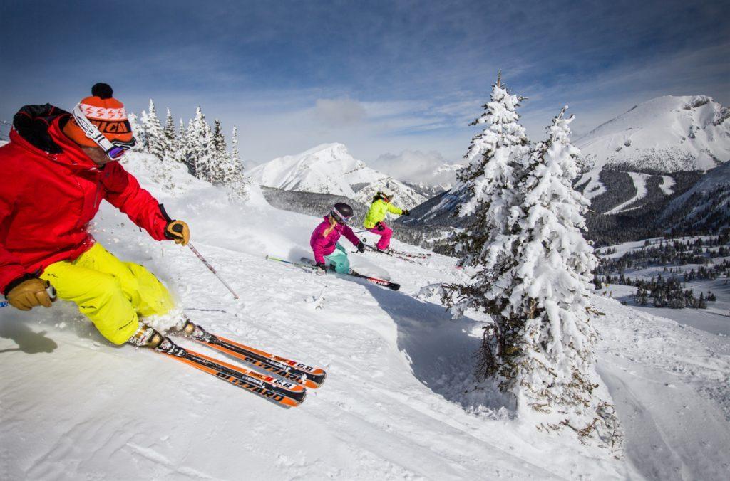red + yellow skiier