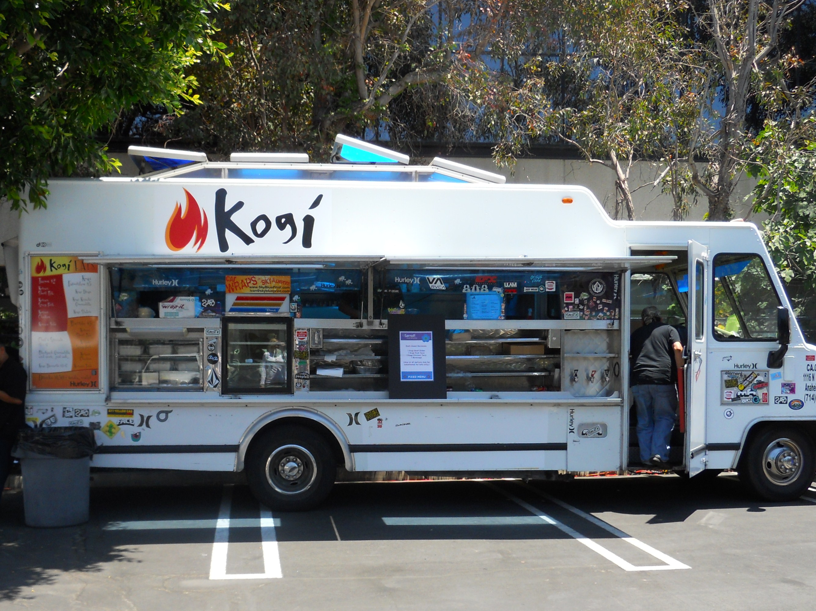 12 Savory LA Food Trucks to Sample
