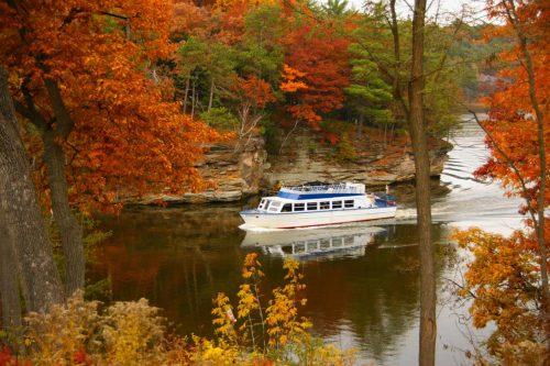 Dells Boat