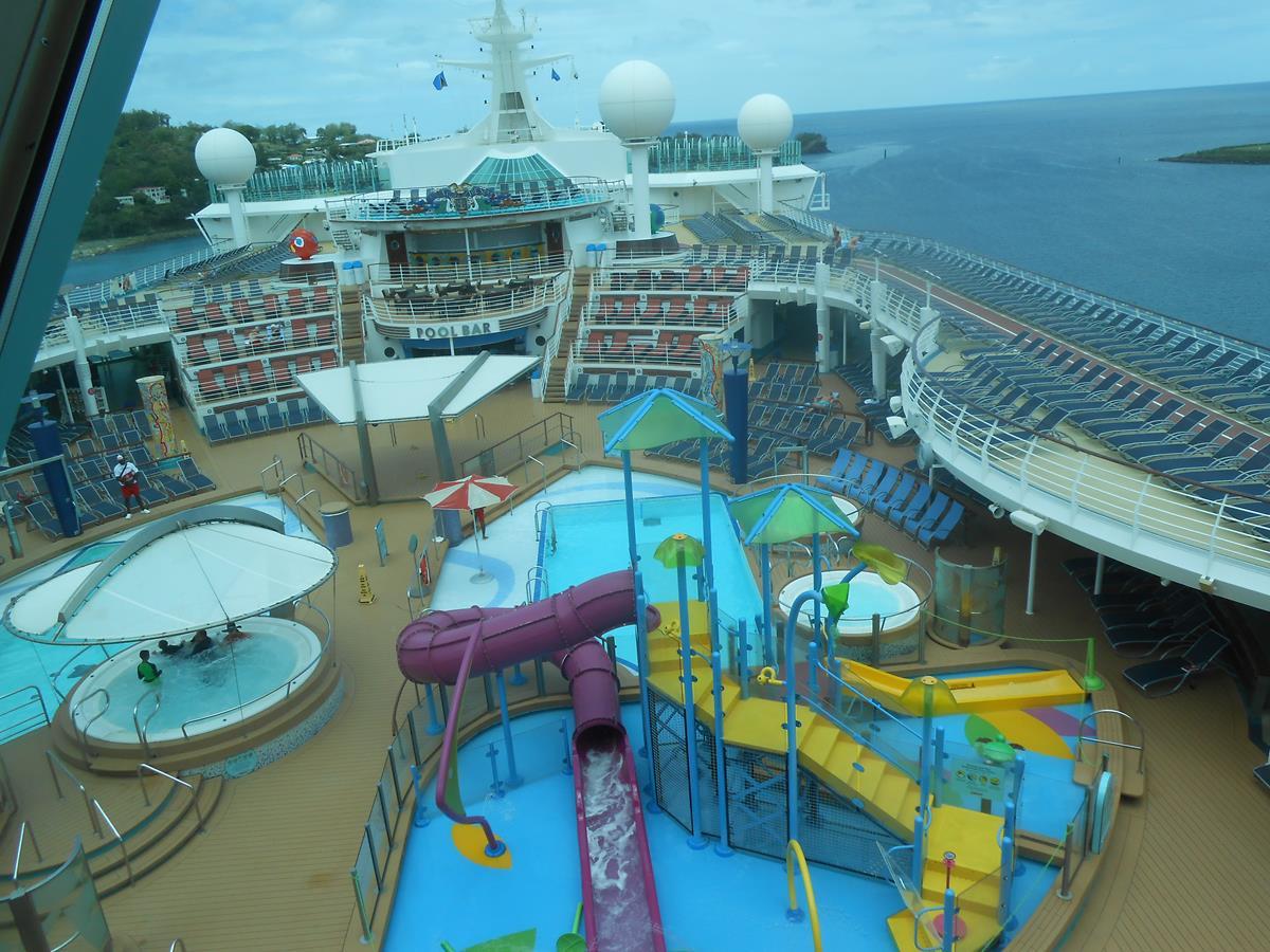 Adventure of the Sea's on deck pool