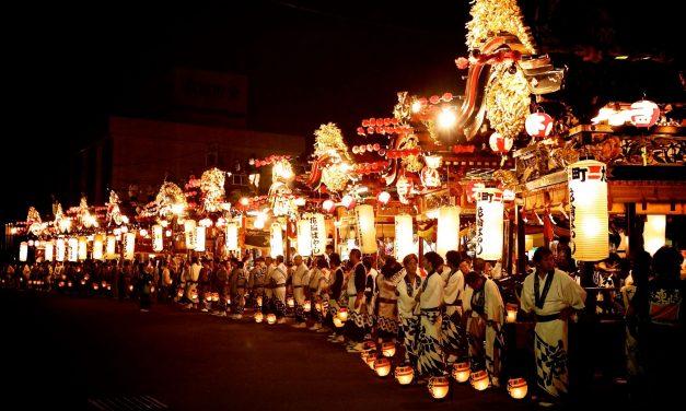 8 Top Religious Festivals Around the World