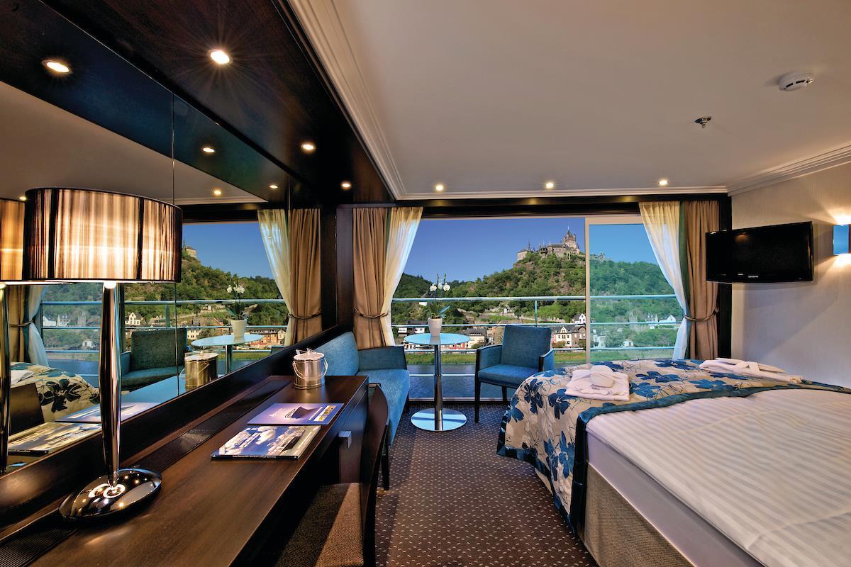 Avalon Vista Panorama Suite. Credit