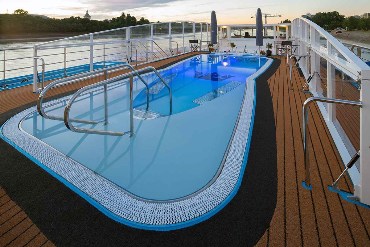 AmaLea ship