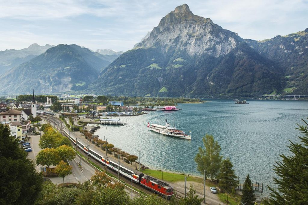 Gotthard Panoramic Express