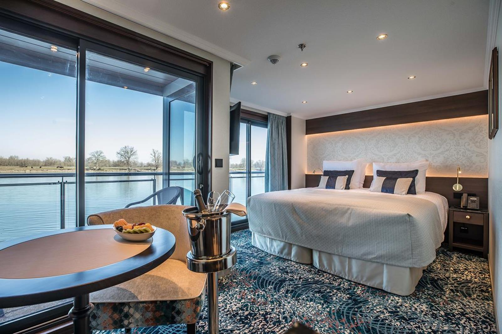 MS George Eliot deluxe balcony suite 1 - Courtesy of Riviera River Cruises