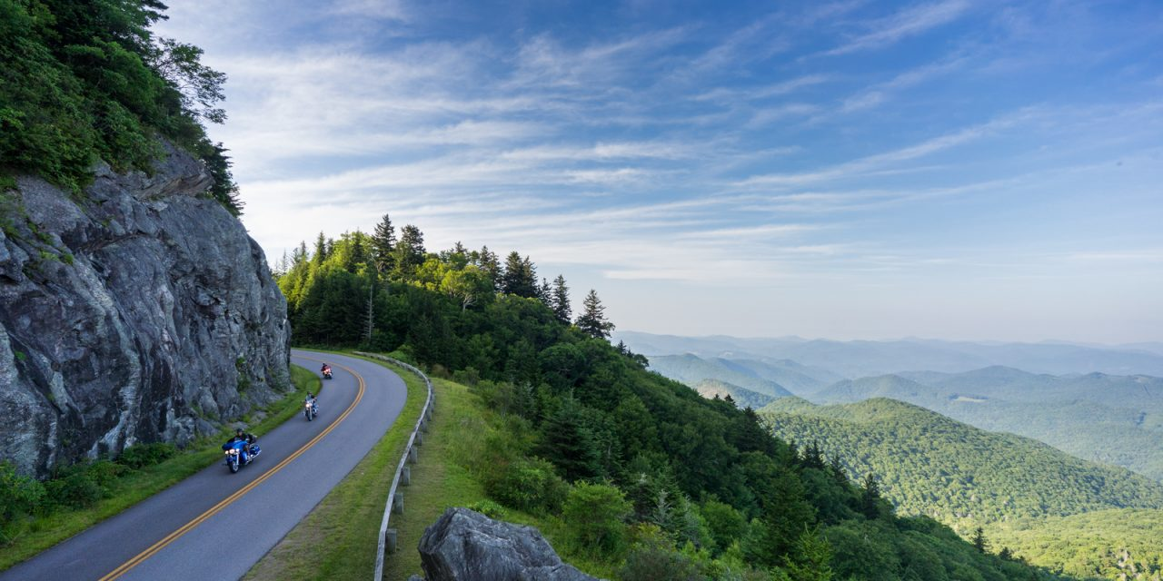 Groups Get an Authentic Appalachian Experience in North Carolina's Smoky Mountains