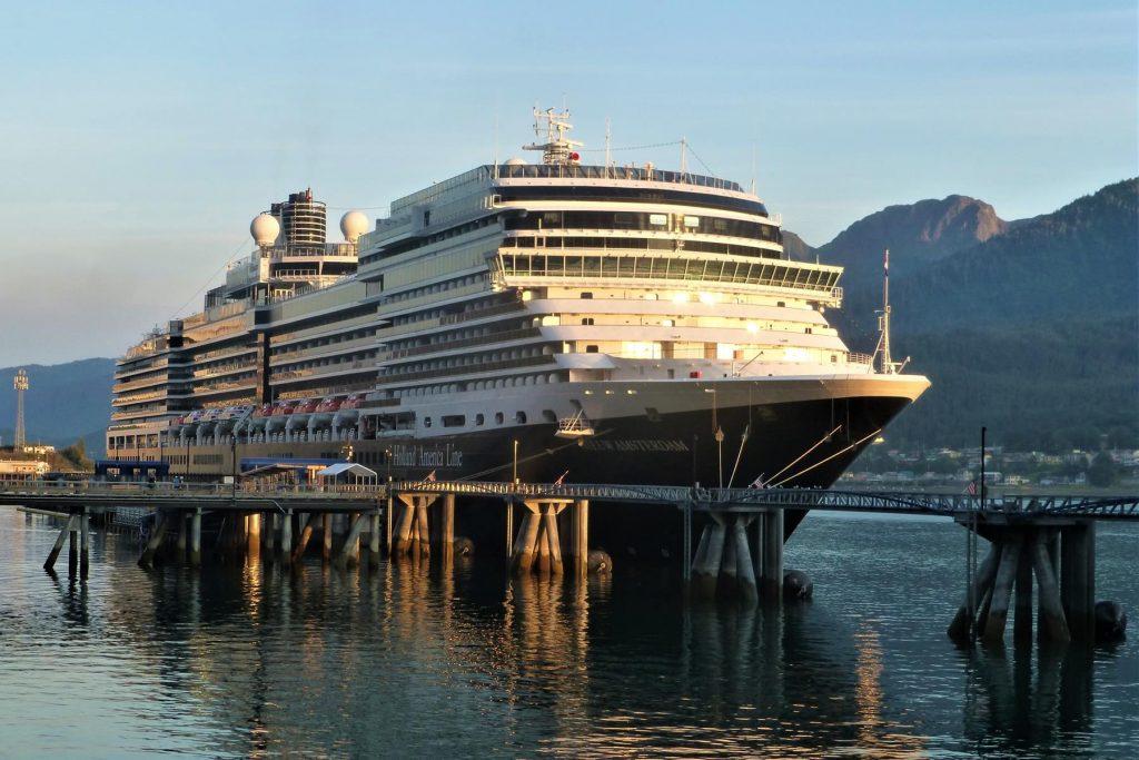 Holland America Line's ms Nieuw Amsterdam in Juneau, Alaska