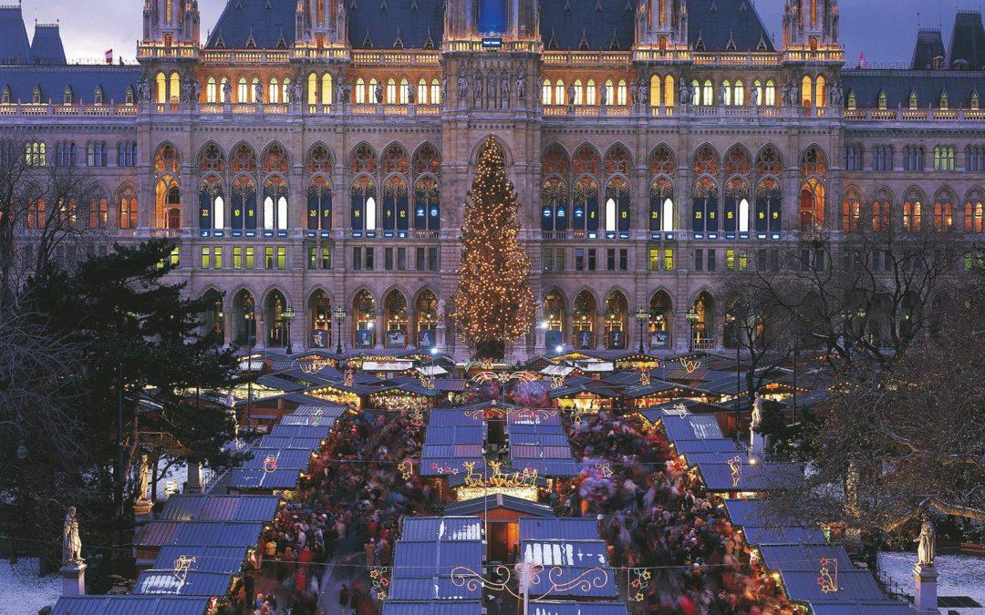 Weihnachtsmarkt-in-Wien-Rathausplatz_Oesterreich-Test_Georg-Popp
