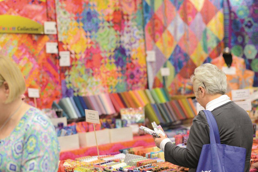 LGT0620_Quilts_vendors-5