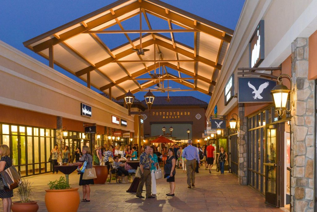 Outlets at Tejon - Shopping Mall
