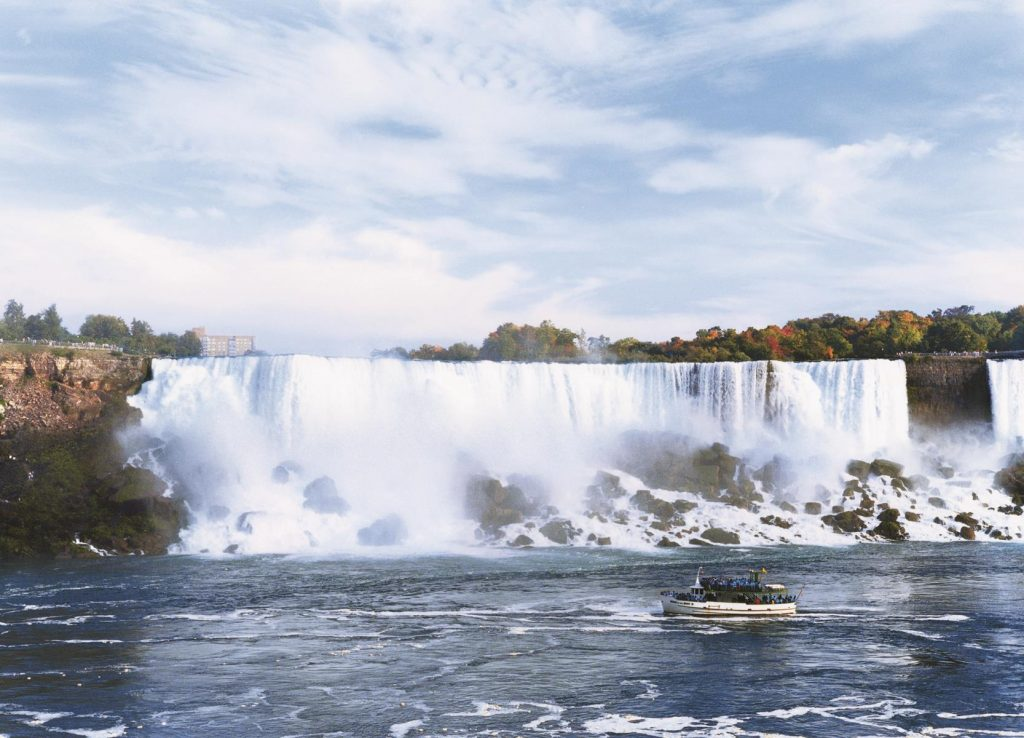 Niagara Falls - Maid of the Mist Boat Tour - Canadian Vacation Option