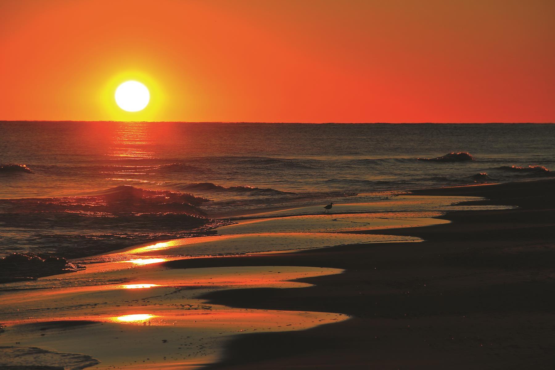 Gulf Shores Alabama sunset photo by John Tuggle