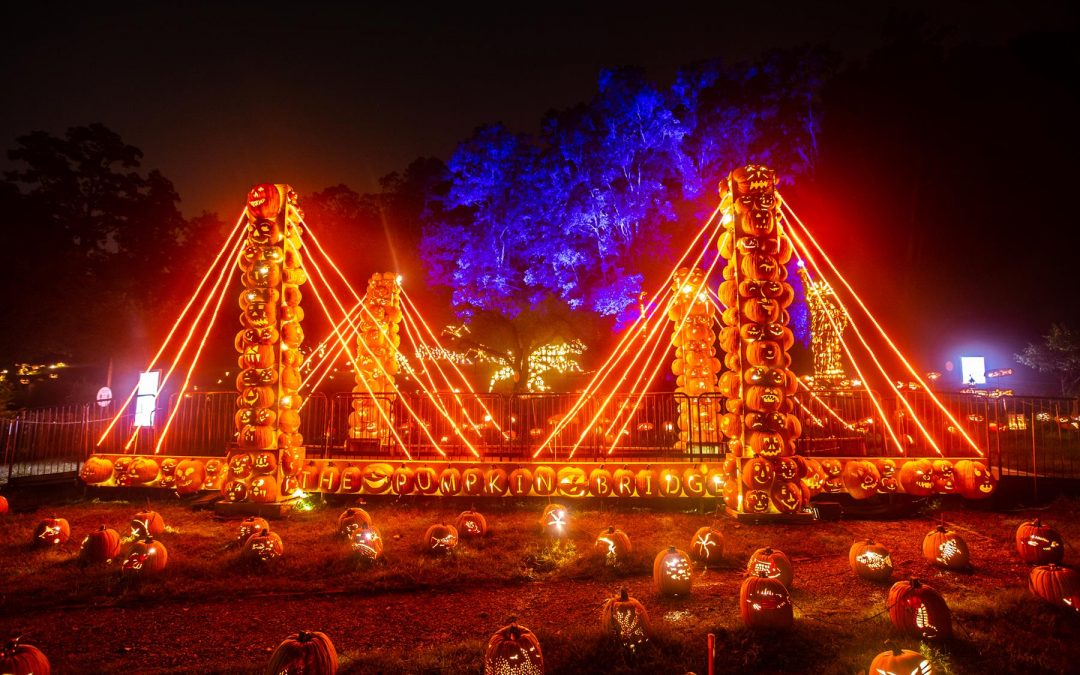 Croton-on-Hudson Great Jack-o'-Lantern Blaze event photo by Tom Nycz for Historic Hudson Valley